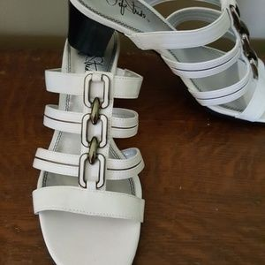 Life Stride Sandals Size 9